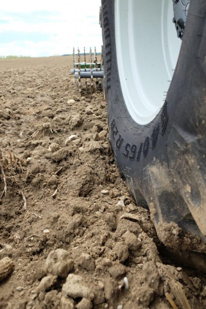 Bodenverdichtung durch Traktorreifen
