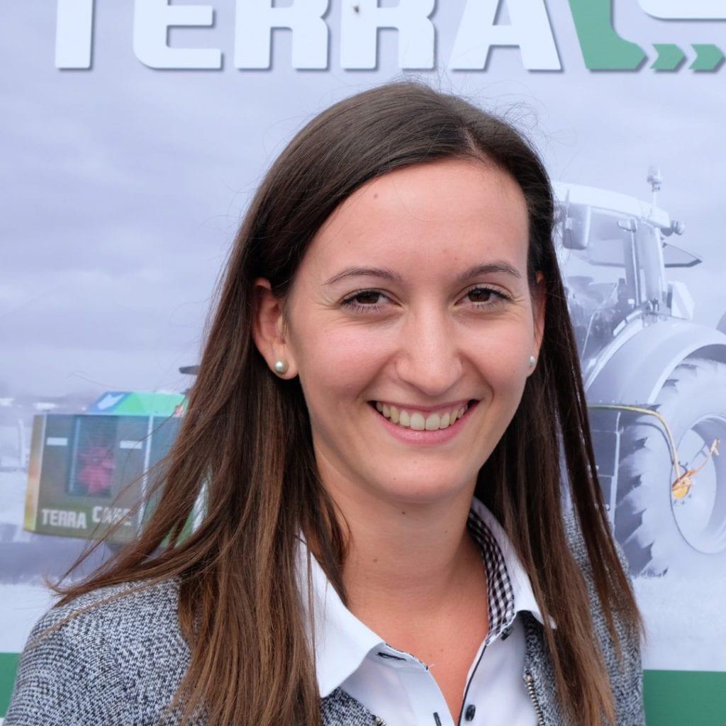Viktoria Schausberger - Händler- und Kundenbetreuung